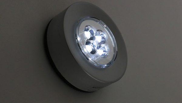 Bien choisir l'éclairage dans une chambre à coucher